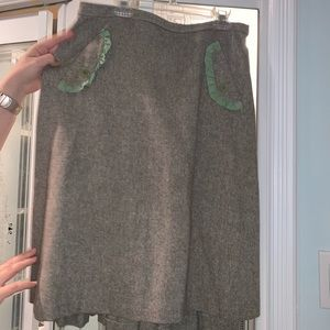 Wool blend Grey skirt mock pockets pleated back